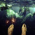 Coś pływa pod wodą