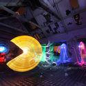 Pacman zrobiony z światła (długi czas naświetlania)