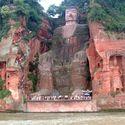 Wielki Budda z Leshan, Chiny. Mierzy 71 metrów wysokości