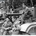 Polski Cromwell Command wraz z czołgistami ze szwadronu sztabowego 1 Dywizji Pancernej.