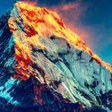 Wschód słońca nad Annapurna, Himalaje.