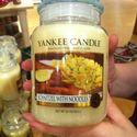 Świeca o zapachu domowego obiadu