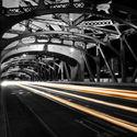 na moście nocą