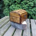 Drewniany kufer